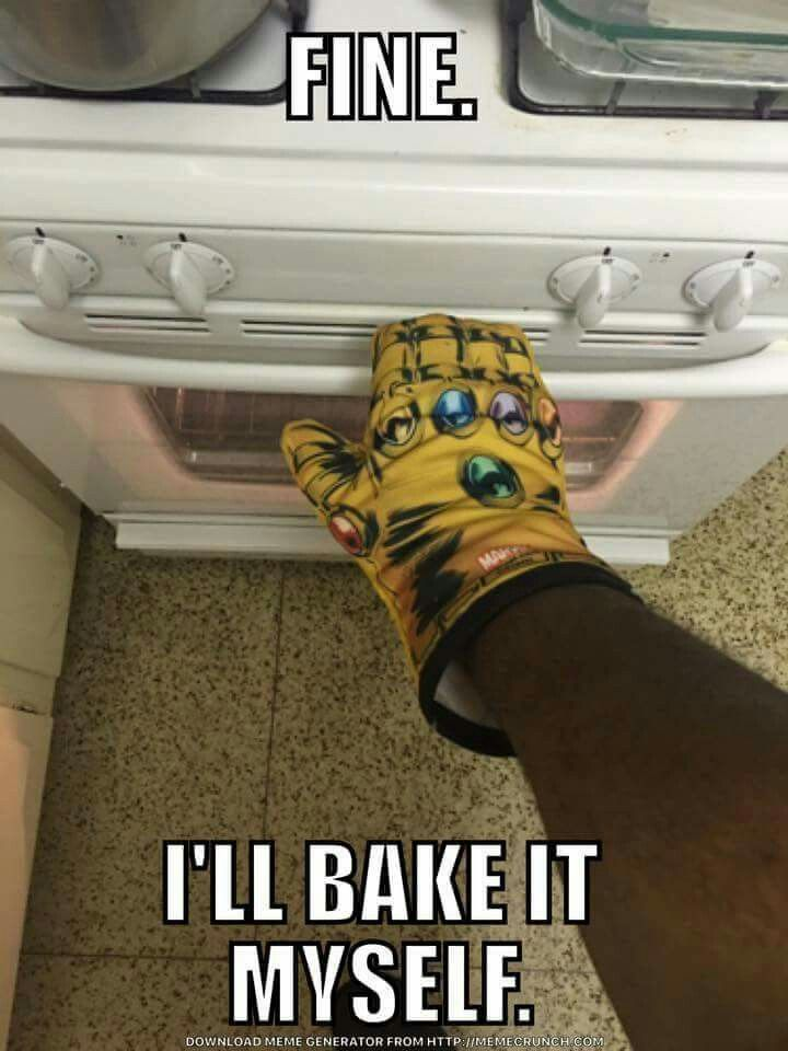 I WANT THAT OVEN GLOVE!!!! Actually it should be called an oven gauntlet 😜