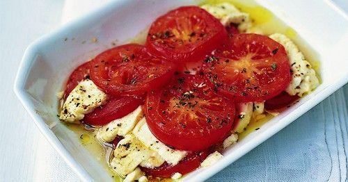 Σαγανάκι με ψητές ντομάτες & φέτα