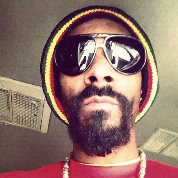 """Jah. Rastafari""                                                snoop got that reggae stylee"