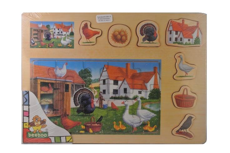 De peuterpuzzel kippenboerderij is een leuke en unieke houten puzzel geschikt voor peuters. De puzzel kippenboerderij is goed zelfstandig te maken door een peuter omdat de afbeelding op het houten plankje staat afgebeeld. #peuterpuzzels #houtenpuzzels #puzzels #peuterspeelgoed #speelgoed