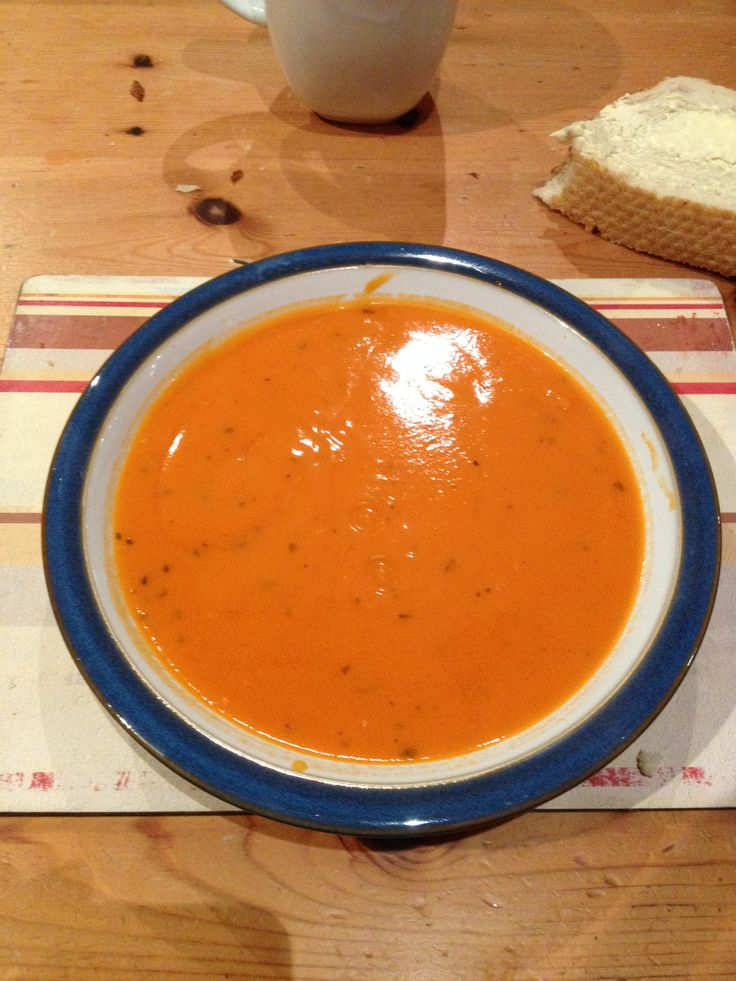 086 Rugby on a cool spring evening followed by red hot Heinz Tommy soup with crusty tiger bread, yum yum.