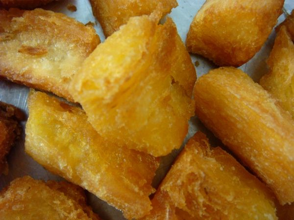 Mandioca frita (fried yuca)