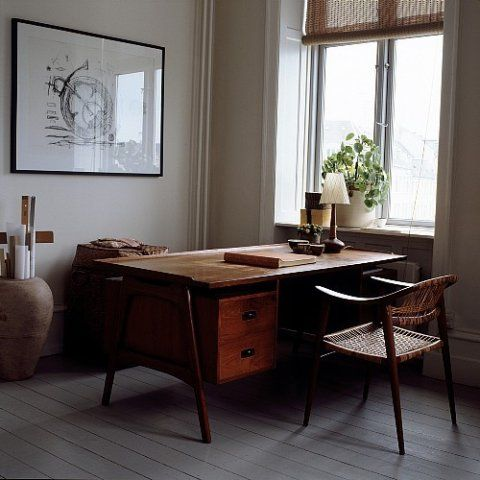 I dig this office: susanne rutzou's home (photo by east news)