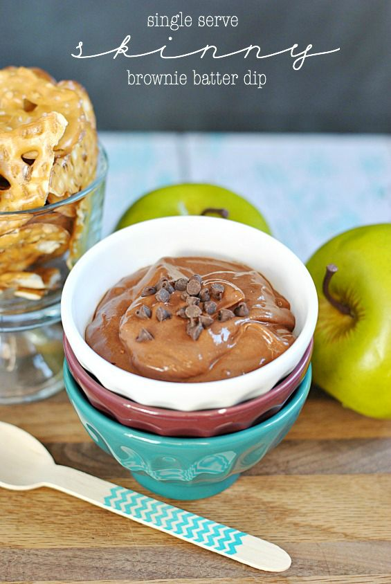 Single Serve Skinny Brownie Batter Dip | www.somethingswanky.com // This recipe replaces the butter, cream cheese, and sugar in the original recipe with low fat vanila yogurt! So much better for you, and so yummy!