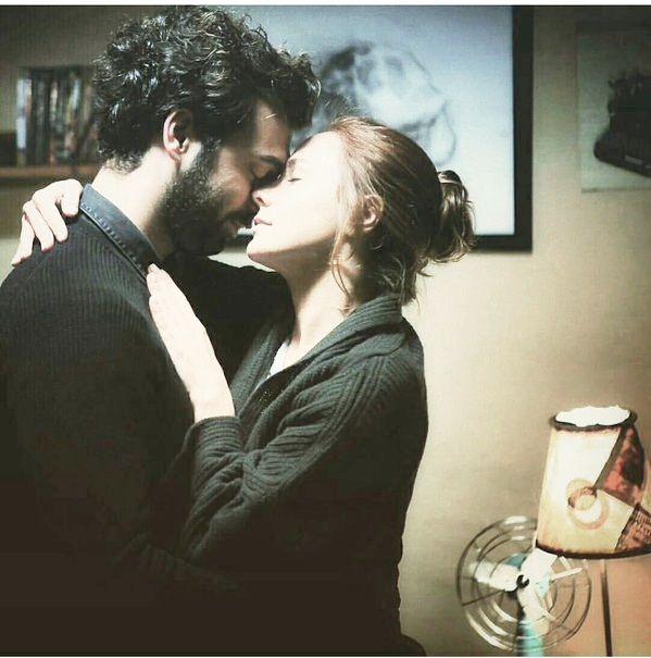 Bizim dans etmek için müziğe ihtiyacımız yok, Senin için çarpan kalbim müzik olarak ikimize de yeter... #Huzur   #Mutluluk