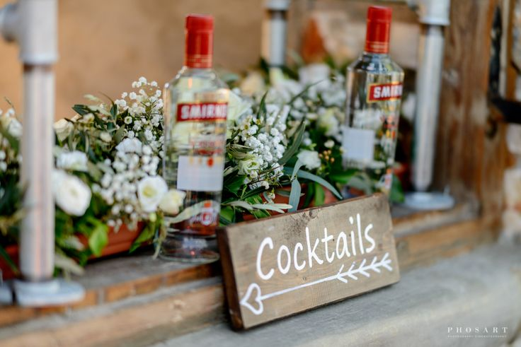 Villa Aethra  Paros Event Planning | Weddings In Paros Photography By Phosart Lighting By Music Vibes Bar Catering Ramantanis Bros  #bar #cocktails #drinks #baridea #weddingbar #flowers
