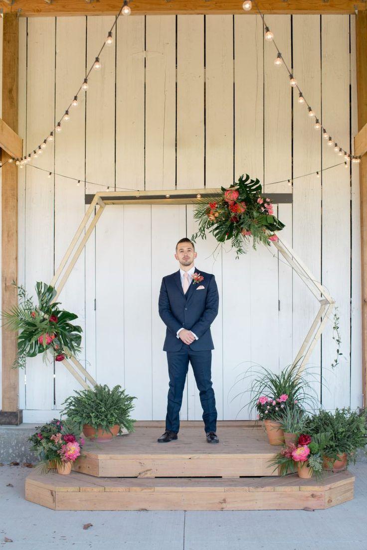 Tropical Barn Wedding   Wed KC Kansas City Wedding Experts ...