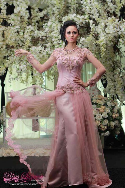 Pink wedding dress by Rins Suzana.