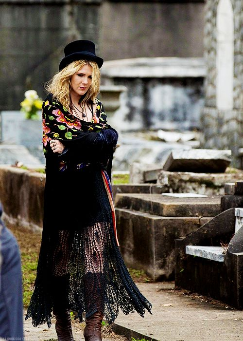 'American Horror Story: Coven'. Love Misty Day's style!