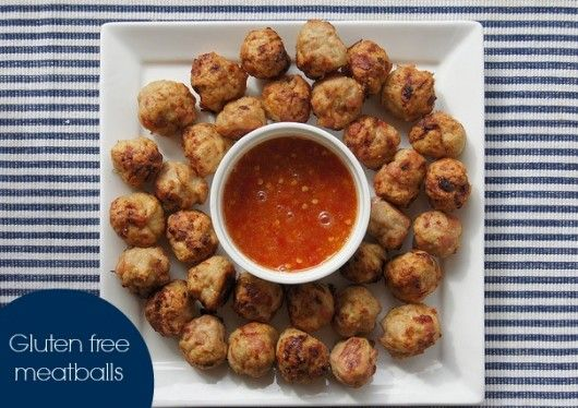 gluten free meatballs - super tasty chicken and bacon meatballs. Easy to make in bulk, freeze well for easy snacks and kids lunches. Paleo friendly.