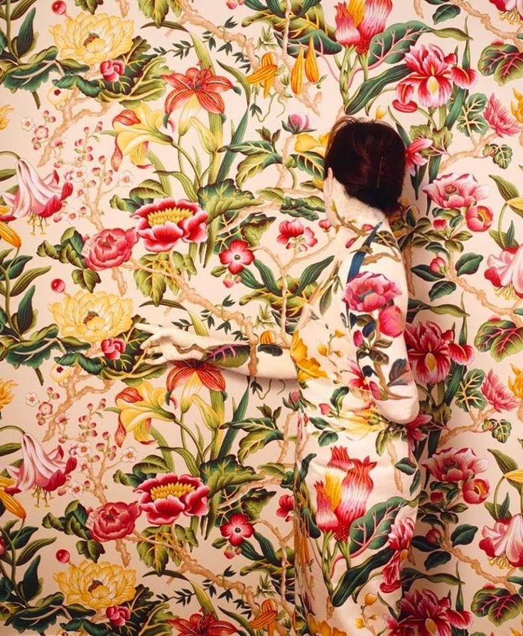 Cecilia Paredes, 1950 ~ Body painter   Tutt'Art@   Pittura * Scultura * Poesia * Musica  
