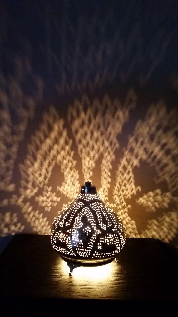 Medıum geperforeerd Tın Lantern. Turkısh door IstanblueDesign