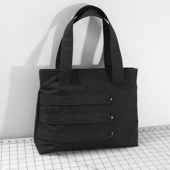 Hey, I found this really awesome Etsy listing at https://www.etsy.com/listing/90937244/medium-tote-bag-with-decorative-straps