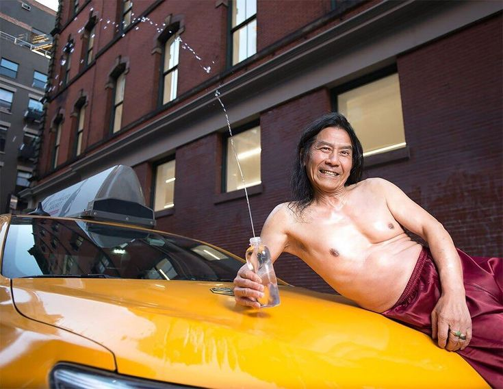 Remember the NYC cab driver? Heres another photo
