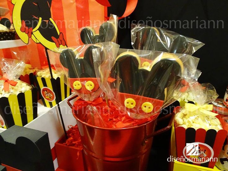 164 best images about mesas de dulces on pinterest - Fiesta tematica mickey mouse ...