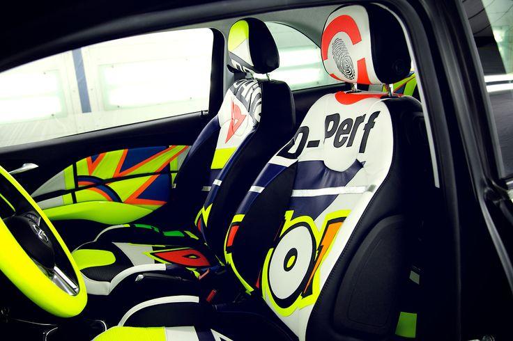 Gli interni della Opel Adam VR46... disegnati ad Aldo Drudi e realizzati da Dainese con la pelle delle tute.   #adam46 #valentinorossi #vr46 #dainese #opel #specialcar #customcar #motors #cars