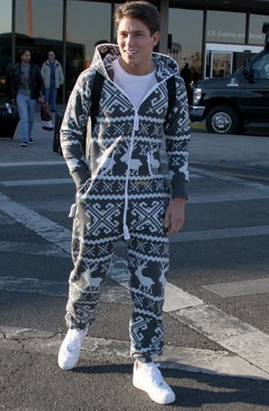 "Joey Essex in his Onesie!! Ah, yes, I forget to mention ""onesie"" lol! Reem, Joey, really reem. Not."