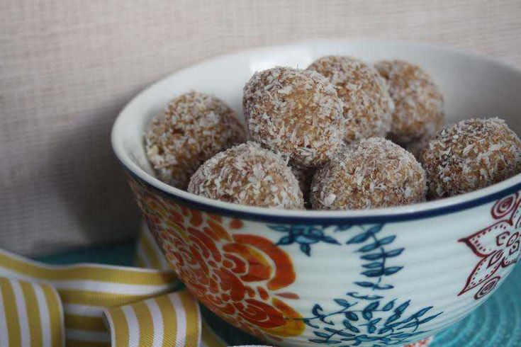 Caramel Bliss Balls - Cooking with Tenina