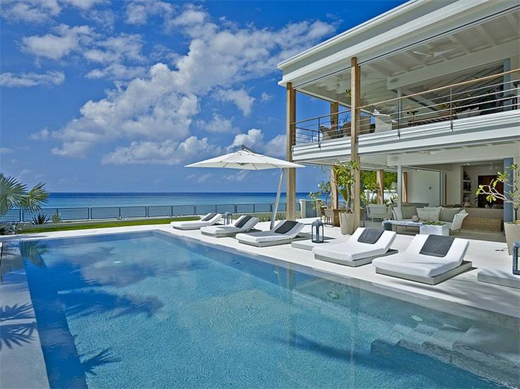 Luxurious Beachfront Villa in Barbados - Price upon request