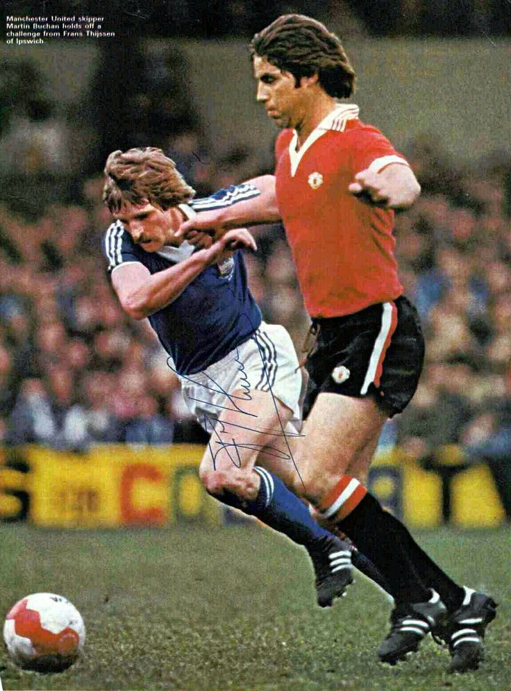 Ipswich Town 3 Man Utd 0 in Aug 1978 at Portman Road. Martin Buchan fends off Frans Thyssen #Div1