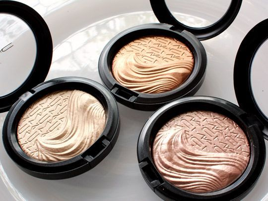 Extra Dimension Mineralize Skinfinishes in Whisper of Gilt, Glorify, and Superb by MAC for highlighting