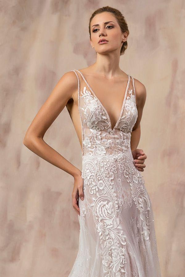 IRIDA #weddinggown #celestialcollection #newbridalcollection #costantinobridal #weddingingreece