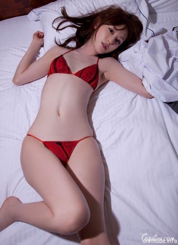 Ngắm ảnh sexy gái Nhật tự sướng trên giường - TinGirlXinh