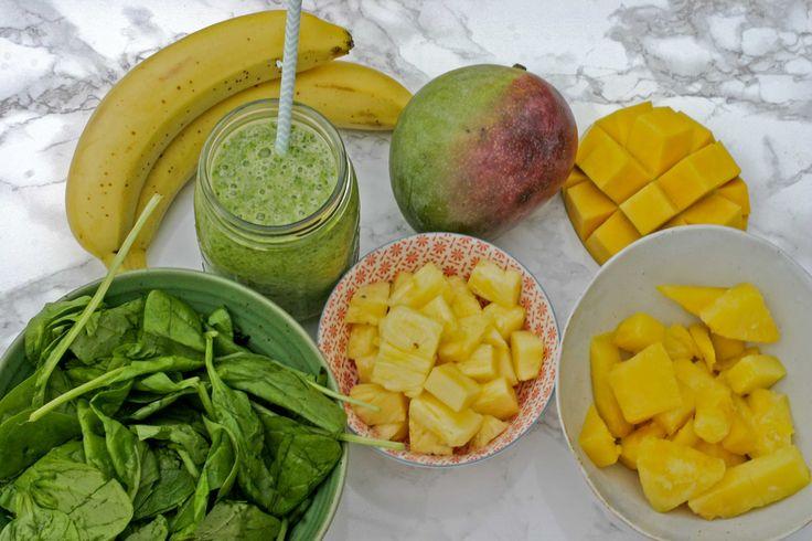 Beginners groene smoothie: Spinazie. Mango. Ananas. - bekijk dit recept op keukenrevolutie.be