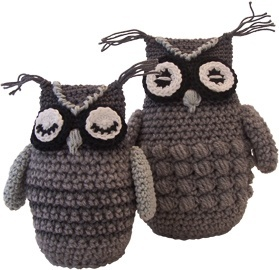 Crochet owls with free pattern in Dutch