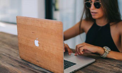 Glitty MacBook Cover Kirsebær 2