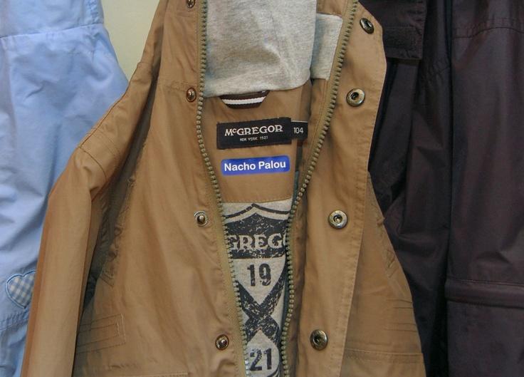 Stikets Etiquetas termoadhesivas para marcar ropa de niño: http://www.stikets.com/marcar-ropa.html