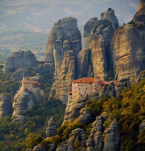 The Metéora is one of the largest and most important complexes of Eastern Orthodox monasteries in Greece, second only to Mount Athos.