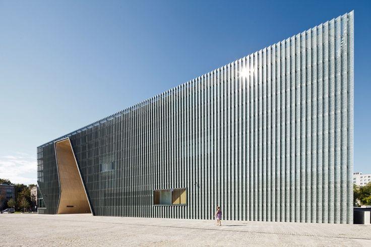 Museum Of The History Of Polish Jews / Lahdelma & Mahlamäki + Kuryłowicz & Associates. Image © Pawel Paniczko