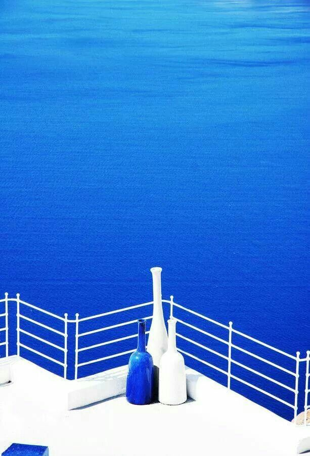 White and Blue.... Colors of Greece!