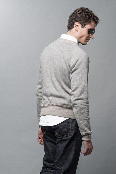 Loopwheeled cotton sweatshirt made in Japan and an oxford shirt  #wardrobestables #essentials #sweatshirt #loopwheel #loopwheeled #madeinjapan #menswear #streetwear #rawdenim #workwear #ocbd #oxfordshirt #buttondown