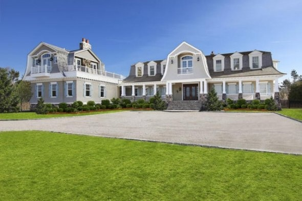 17 best images about luxury real estate hamptons on for Hamptons luxury real estate