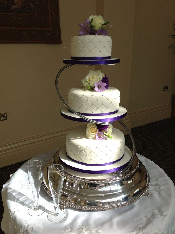2 tier floating wedding cake stand 11 best wedding cake images on food cakes 10130