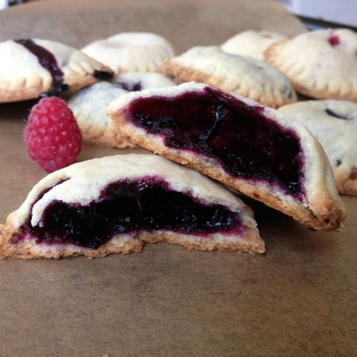 Little Berry Hand Pies Try aroniaberries in your berry pie. Repinned ...