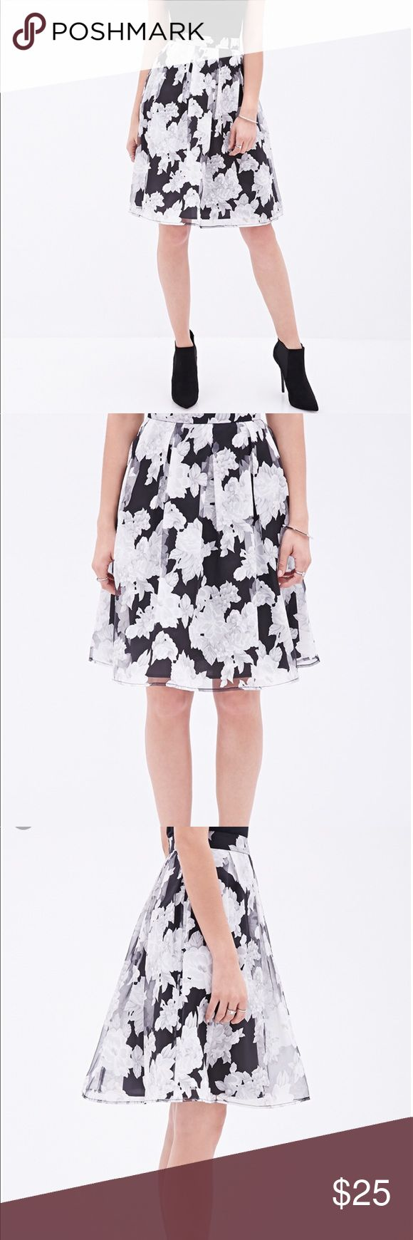Floral A Line Skirt Beautiful a-line skirt! Perfect for formal events or dress it down with a cute T-shirt  Sheer overlay of white/gray/silver flowers Plated at waist Zip and clasp in back Forever 21 Skirts A-Line or Full