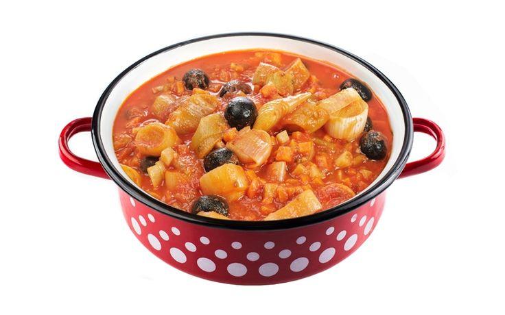 Mâncare de praz cu măsline și legume, extrem de delicios și nutritiv.   www.masafamiliei.ro