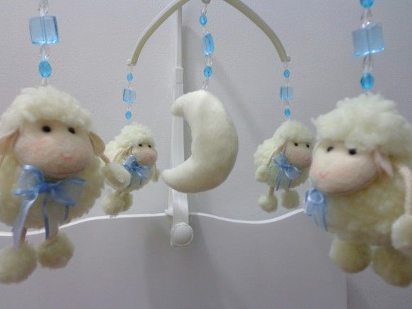 Móbile musical ovelhinhas