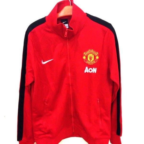 Jual Jaket Manchester United Warna Merah List Hitam 2014