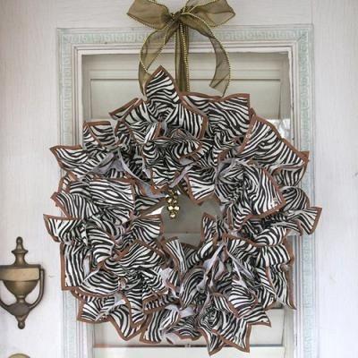paper napkin wreath