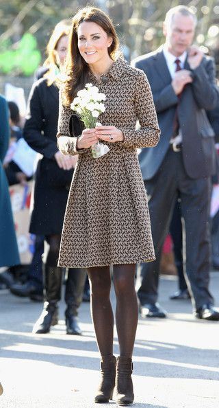beautifulClassy Outfit, Duchess Of Cambridge, White Flower, The Duchess, Kate Middleton, Art Room, Brown Boots, Duchess Kate, Princesses Kate