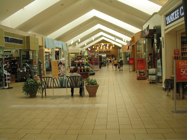 Wausau Center Mall Recent Photos The Commons Getty Collection Galleries World Map App
