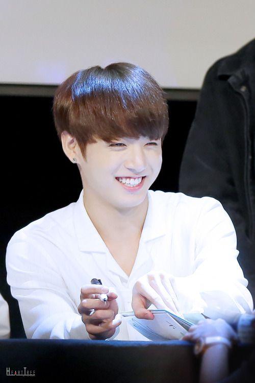 53 best jungkook smile images on Pinterest   Jungkook ...