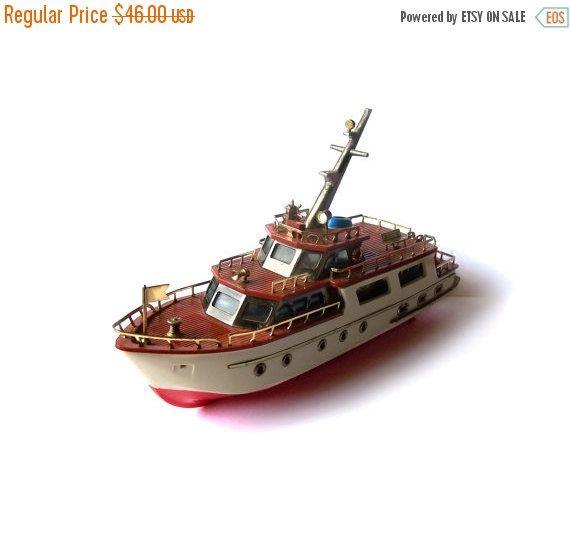Vintage AM Radio Yacht Boat Cabin Cruiser by MargsMostlyVintage