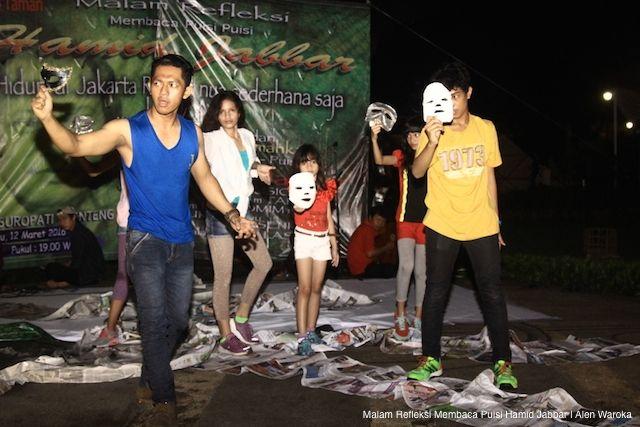 AKARPADINEWS.COM | TAMAN tak sekadar menjadi ruang terbuka hijau yang menghiasi wajah Ibukota DKI Jakarta. Taman juga menjadi ruang bagi warga untuk relaksasi dan berinteraksi.    Taman Suropati