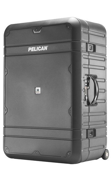 Pelican Luggage 'EL30 - Elite Vacationer' Rolling Suitcase with Enhanced Travel System