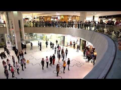 Irish Flash Mob Vienna 2014 - Wien Mitte The Mall - YouTube